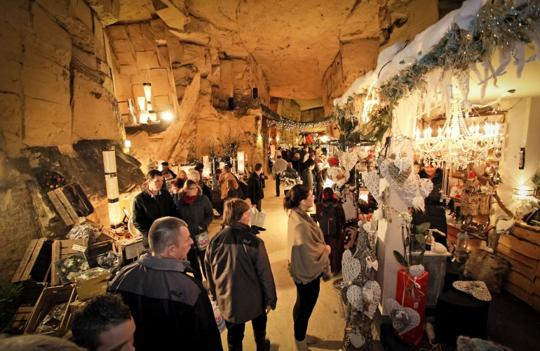 Image result for christmas market photos valkenburg